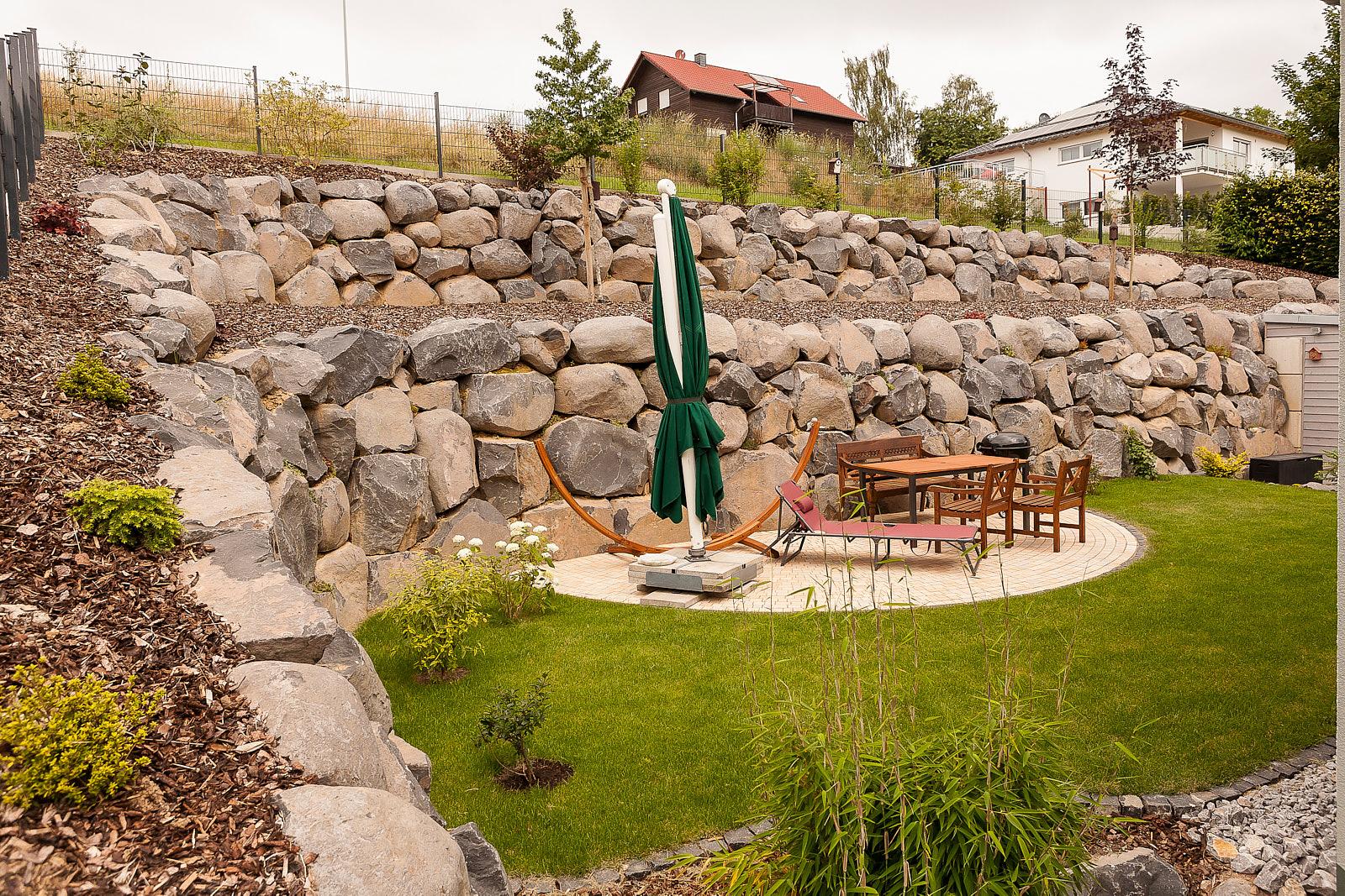 180623 33 Niederneisen Garten Hang Sitzplatz